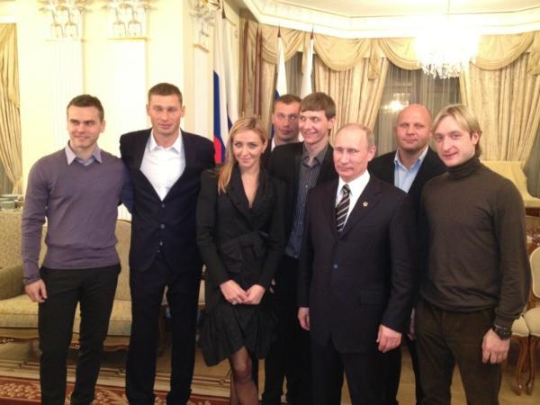Владимир Путин и спортсмены: Акинфеев, Плющенко, Березуцкие и др